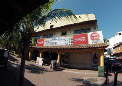 027.zihuatanejo. city.movie.theater