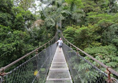 40.toeatchtheirown.costarica.hangingbridges.arenal.mistico-1080px